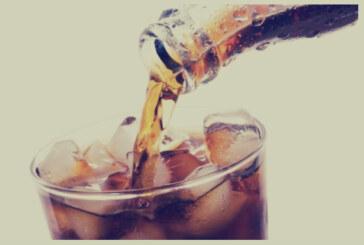 """""""المشروبات الغازية"""" تنعشك لحظات وتتركك للمعاناة"""