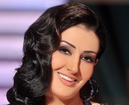 غادة عبد الرازق تطرد مديرة أعمالها بسبب سرقة 4 مليون جنيه