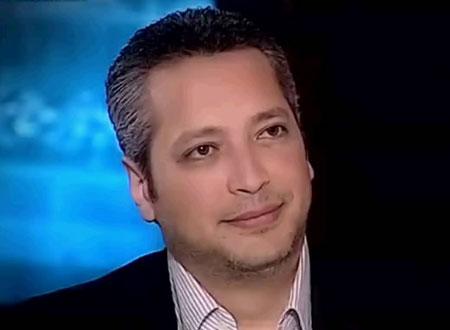 """الاعلامي تامر امين يصارح المصريين بجراءة: """"ما بتستحموش"""" ورائحتكم مثل السردين"""