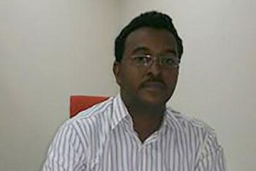 شاب سوداني ينجح في تطوير بحثي مهم في مجال تقنية النانو !!