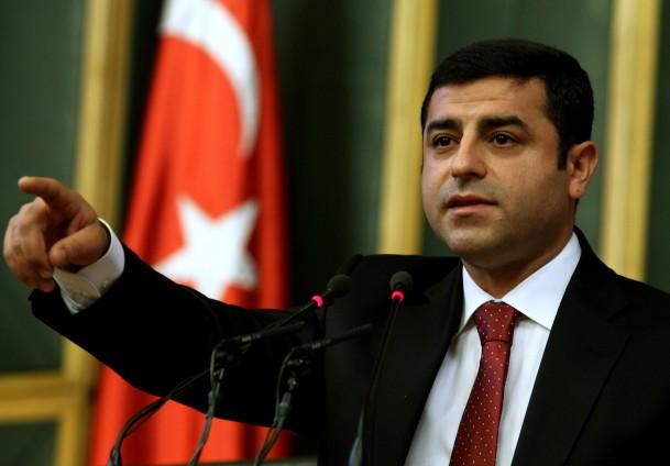 """دميرتاش.. """"الكابوس"""" الذي بدد أحلام أردوغان"""