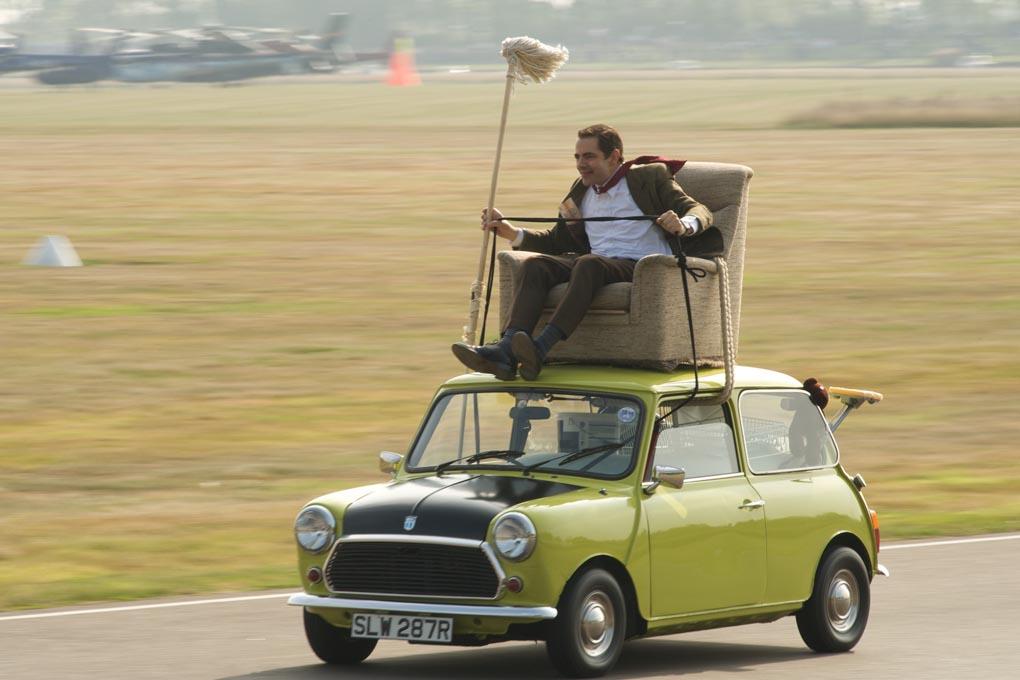مستر بين يبيع سيارته بـ 12 مليون دولار