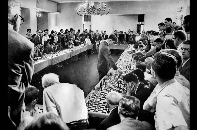 لعبة الشطرنج تقتل بطل أوروبا في عمر الـ20 عاما!