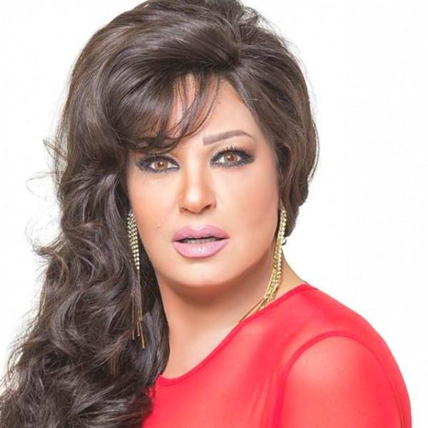 إصابة فيفي عبده بهبوط حاد في الدورة الدموية
