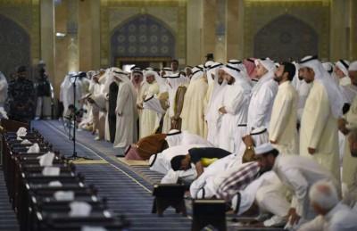 تشديد الإجراءات الأمنية في الكويت والامير يشارك في صلاة الجمعة