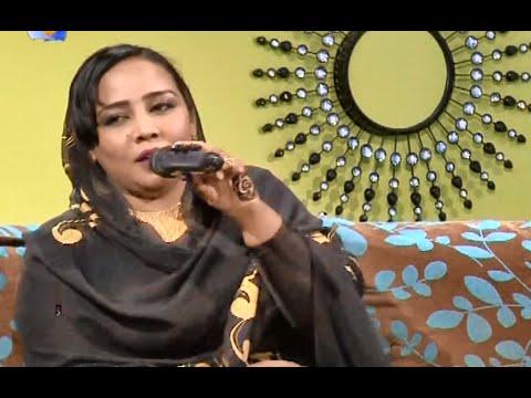 الخواجات يرددون مع هدى عربي الأغنيات السودانية