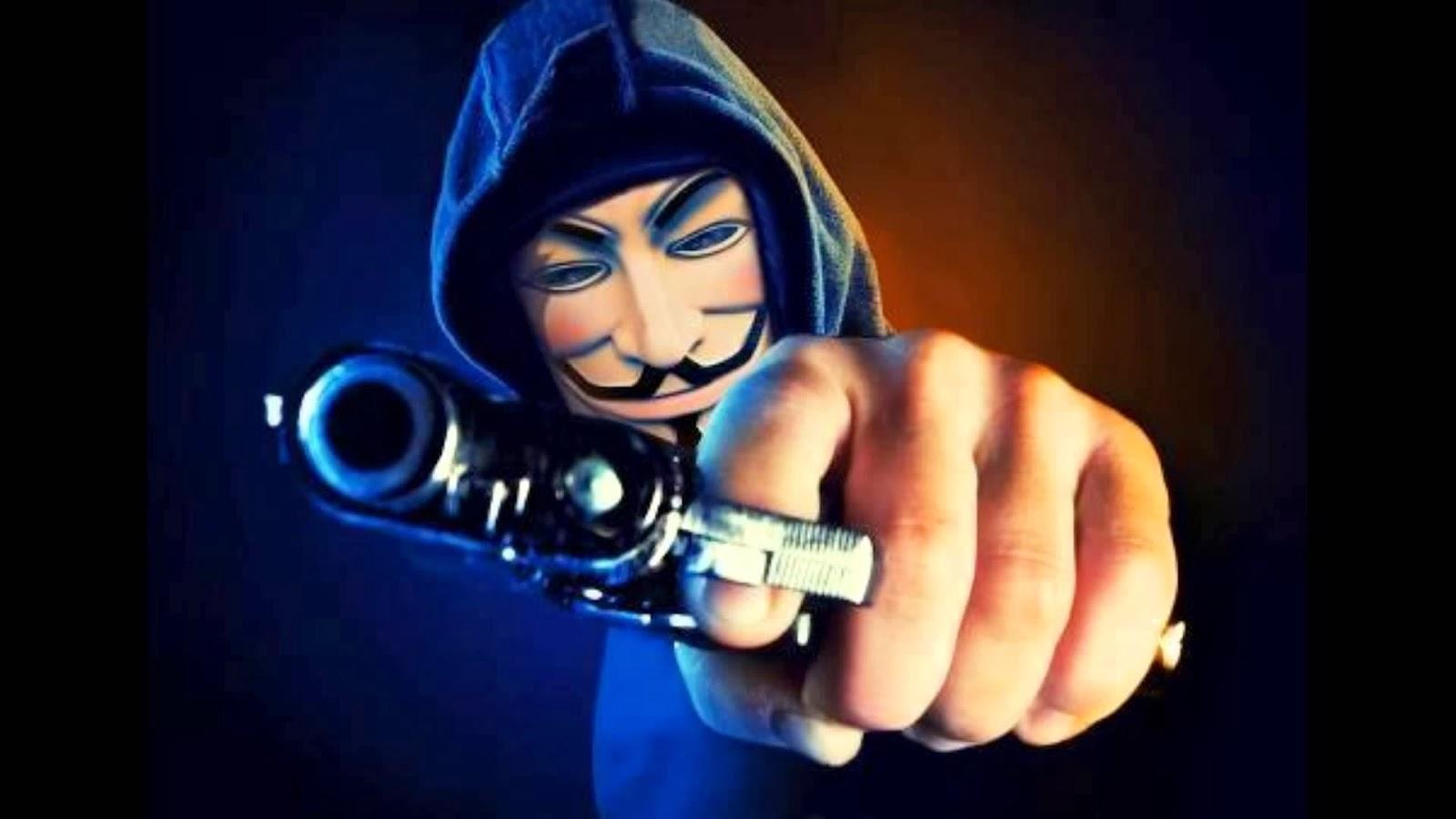 """كشف قضية تشهير وتهديد عبر الـ""""فيسبوك"""" بالخليل"""