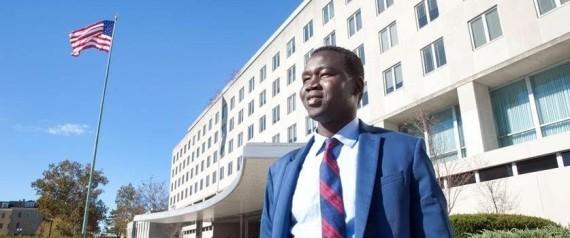 السوداني التائه الذي أصبح دبلوماسيا أميركياً