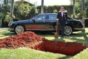 بالصورة : برازيلي ثري يدفن سيارته ليستخدمها بعد موته!!