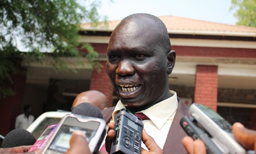 South Sudan's deputy minister of finance Agok Makur speaking to journalist in Juba in 2014. [Photo by unknown]