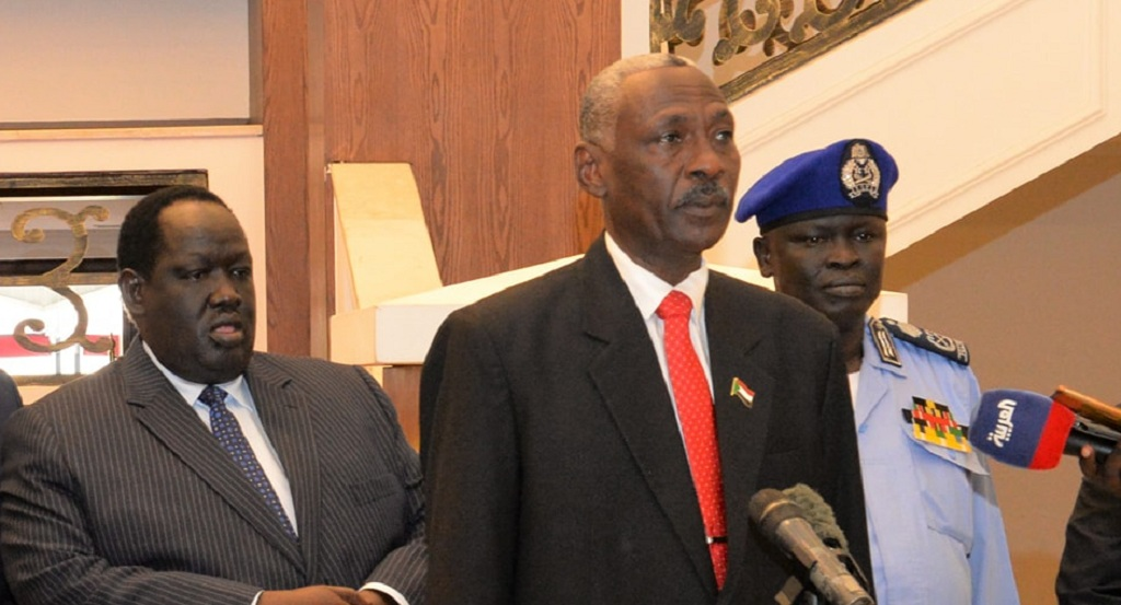 Sudanese defense minister Yasin Ibrahim Yasin speaking to reporters following a meeting with President Salva Kiir Mayardit at the State House J1 in Juba. [Photo by presidency]