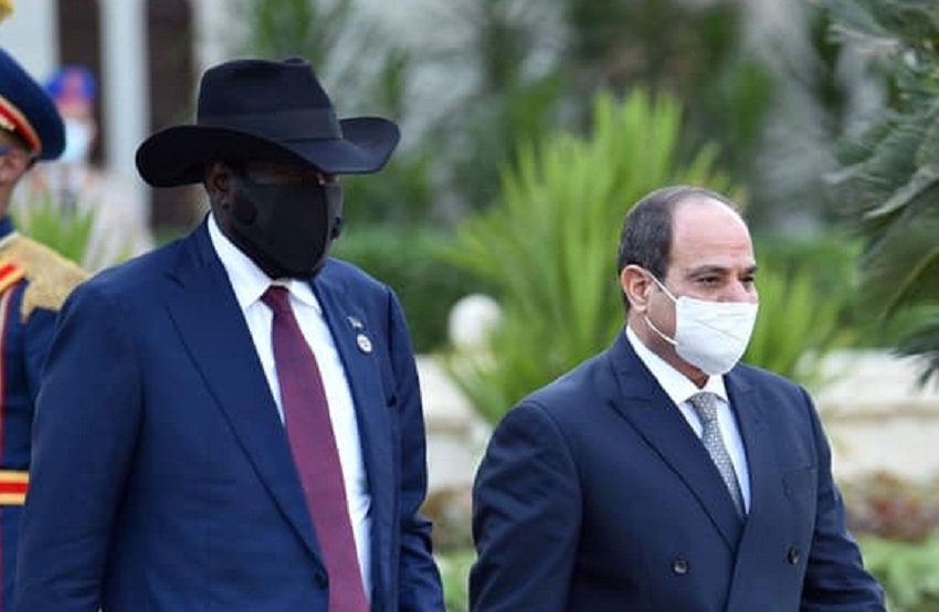 South Sudan President Salva Kiir Mayardit (left) being received at the Republic Palace by Egyptian President Abdelfattah Al-Sisi (right) on Sunday, October 10, 2021. [Photo by Egyptian presidency]