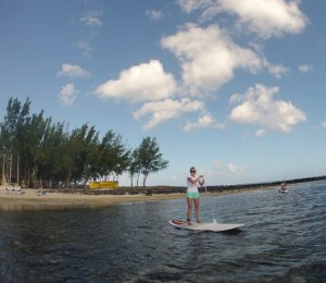 Stand-up paddling in Mauritius, choosing a hobby.