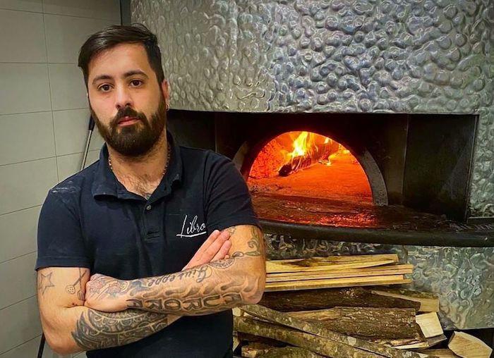 """Il pizzaiolo Enzo Pellegrino: """"Lavorare all'estero mi ha fortificato. Il mio ingrediente segreto è la felicità"""""""