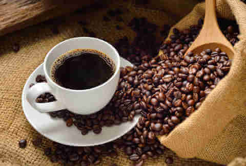 All little pleasures bad for health? Coffee in thespotlight
