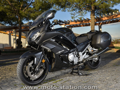 essai yamaha fjr 1300 ae 2016 moto station sudmoto yamaha sud bruxelles. Black Bedroom Furniture Sets. Home Design Ideas