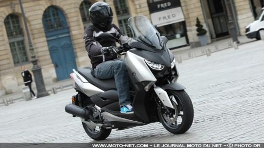Essai Yamaha Xmax 125 : le retour du roi des scooters 125 ?