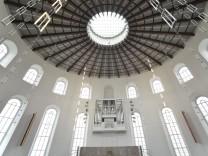 Frankfurter Paulskirche: Raum ohne Beispiel