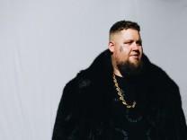 """Rag 'n' Bone Man im Interview: """"Spotify ist als Einnahmequelle lausig – für alle"""""""