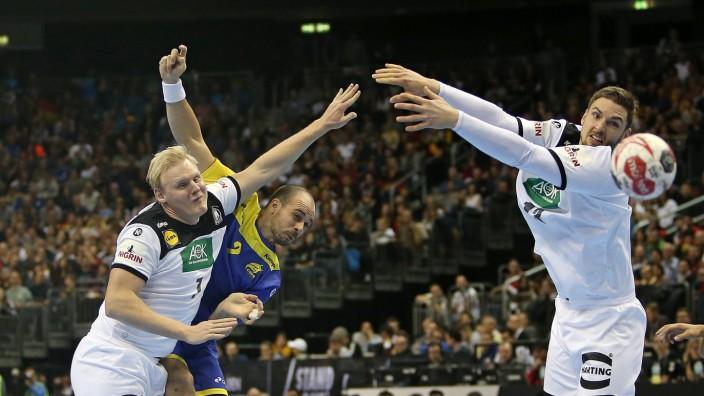 https www sueddeutsche de sport handball olympia pekeler wiencek abwehr 1 5230113