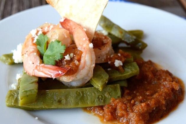 Nopales con Camarones en Sofrito (Cactus Paddles With Sofrito Shrimp)