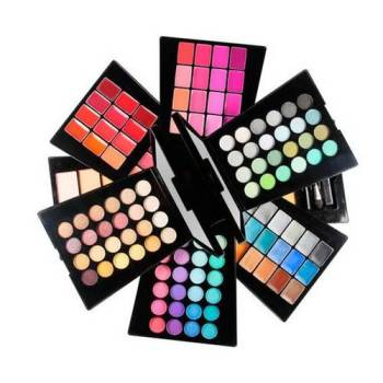 IDC Magic studio 132 Color Make up set