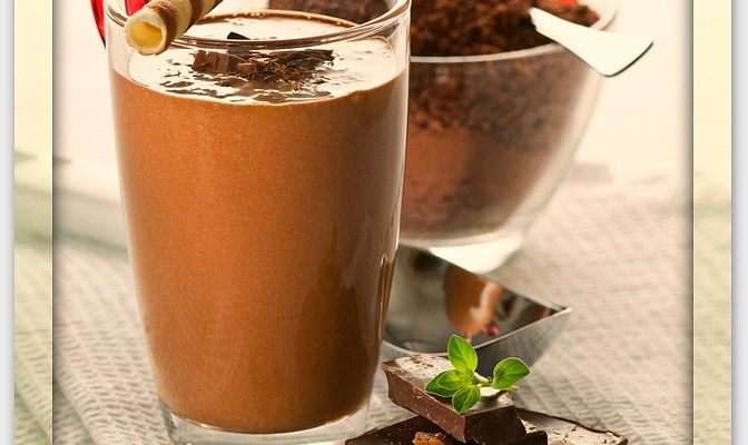Fuel Up With This Choco Banana Peanut Butter Power Smoothie