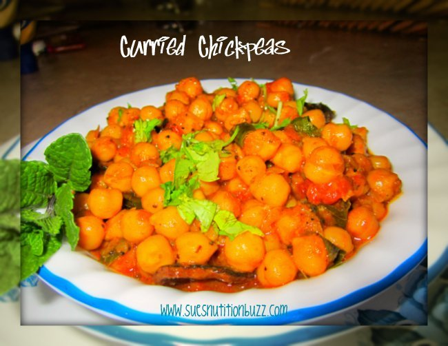 Curicumin Power in Spicy Curried Chickpeas #HighFiber