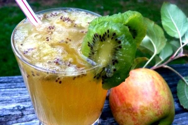 Sparkling Light Kiwi Apple Ginger Lemonade