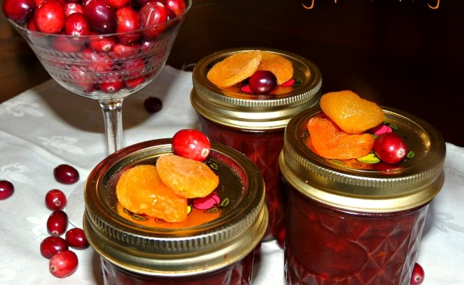Spiced Cranberry Chutney With Apricot & Almonds #SundaySupper