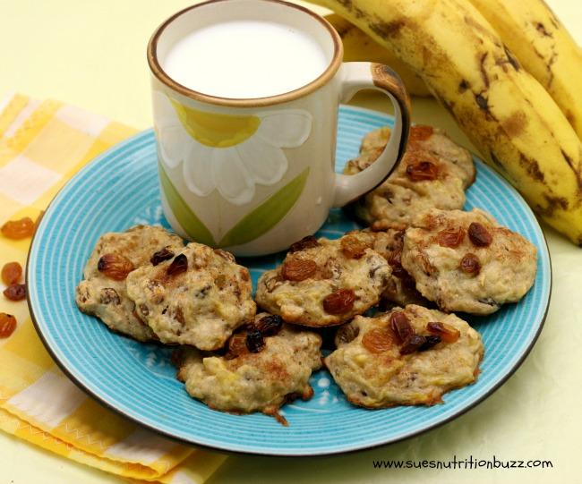 Kid Made 3 Ingredient Banana Oatmeal Raisin Cookie