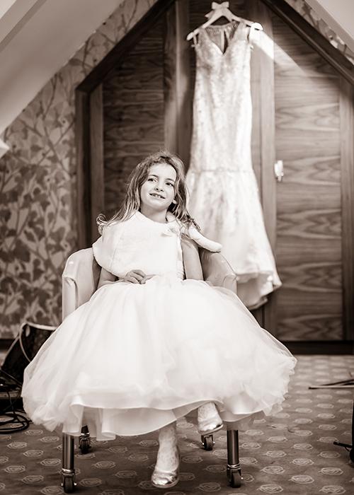 jesmond-dene-house-wedding-photos-bridesmaid