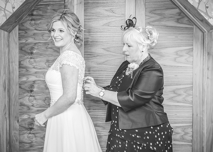 bride and mum dress