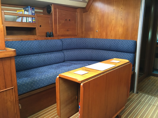 Moody 419 Yacht Skippered Charter