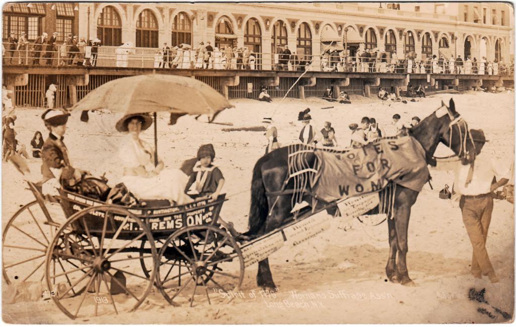 1913 Long Beach Wagon