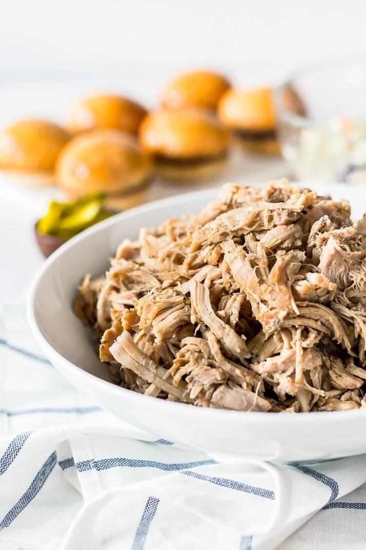 Whiskey Honey Pulled Pork Slow Cooker Recipe