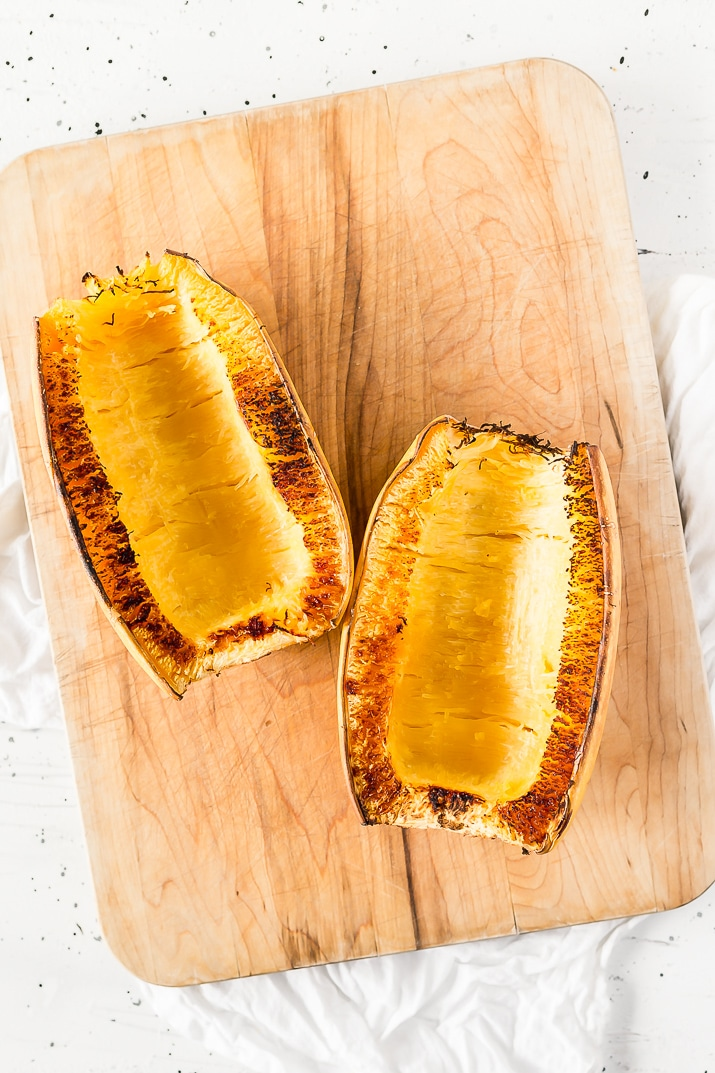 Use this simple step-by-step guide for How to Cook Spaghetti Squash in the oven!