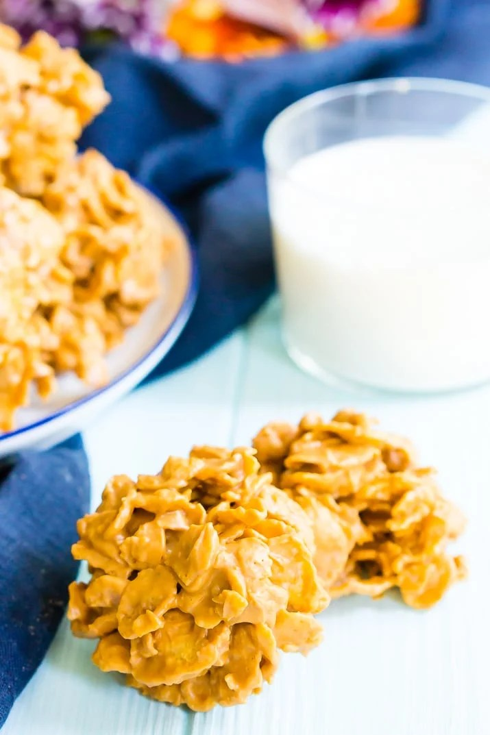 Cornflake Cookies made with butterscotch, peanut butter, and frosted flakes.