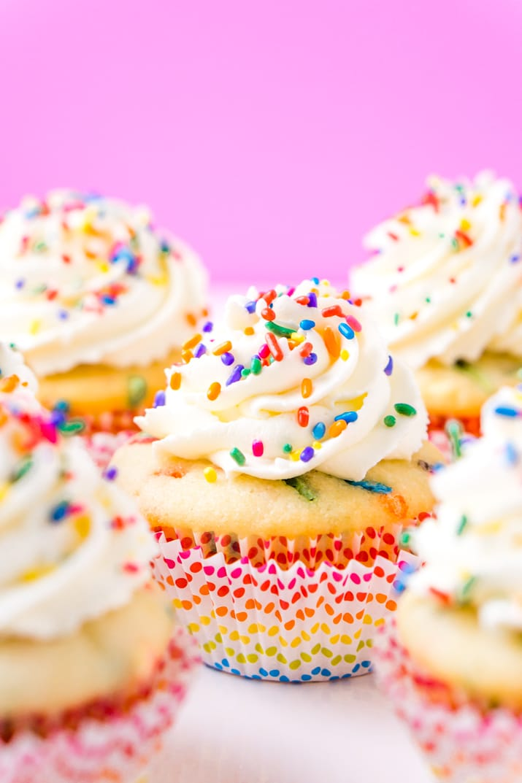 How To Make Funfetti Birthday Cupcakes