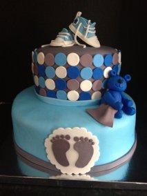 Blue-sneaker-cake.jpg