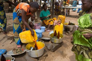 Some-women-selling-palm-oil-products-on-a-market-