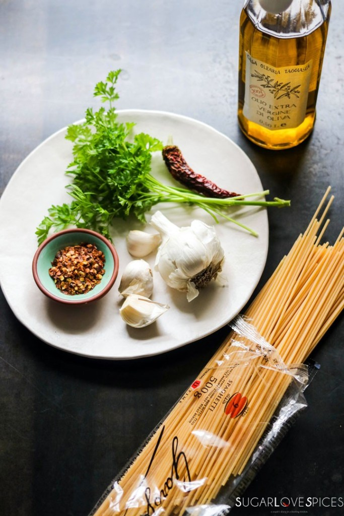 spaghetti aglio olio-ingredients-on-board