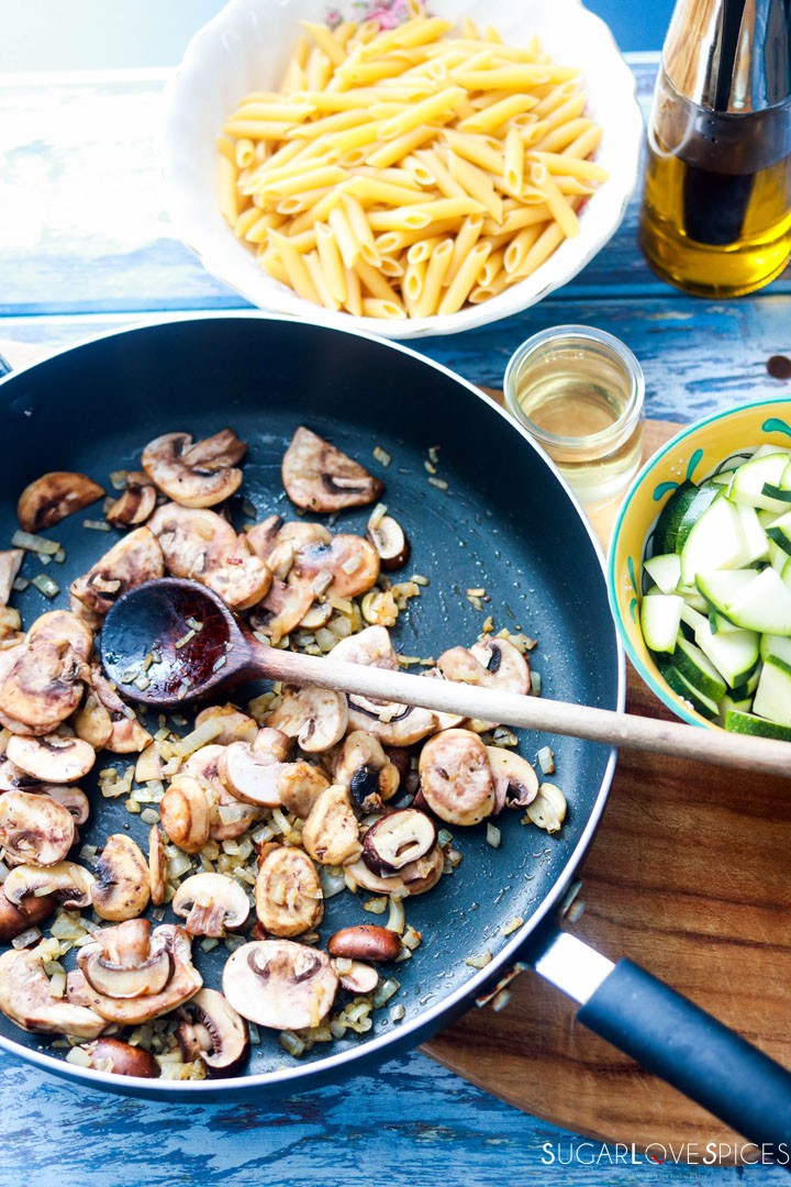 Penne with Zucchini and Mushrooms-cooking mushroom and zucchini