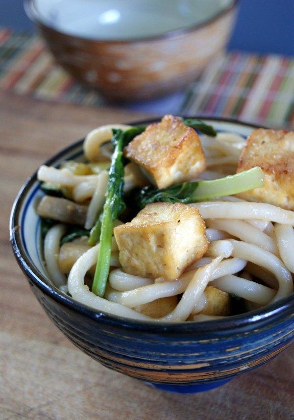 crispy tofu stir-fry -close-up