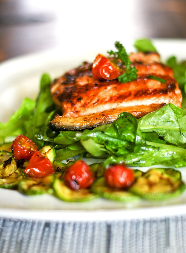 salmon-with-zucchine-greens-and-cherry-tomatoes