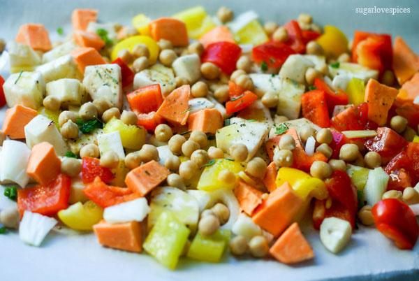 https://www.sugarlovespices.com/chunky-potato-leek-soup/