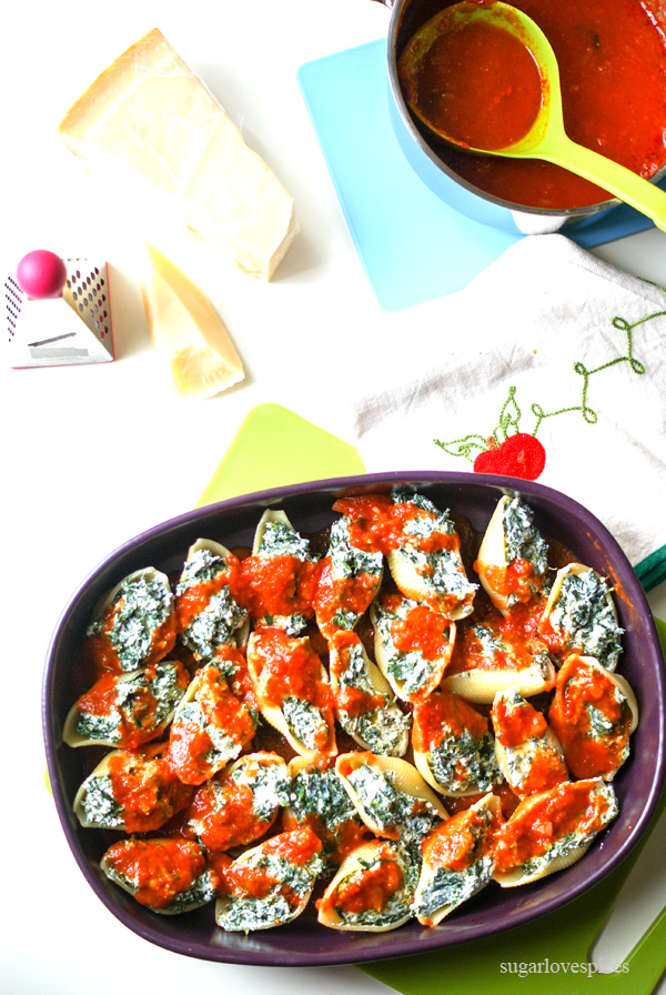 """Oven baked """"Conchiglioni"""" with Ricotta and Spinachs"""