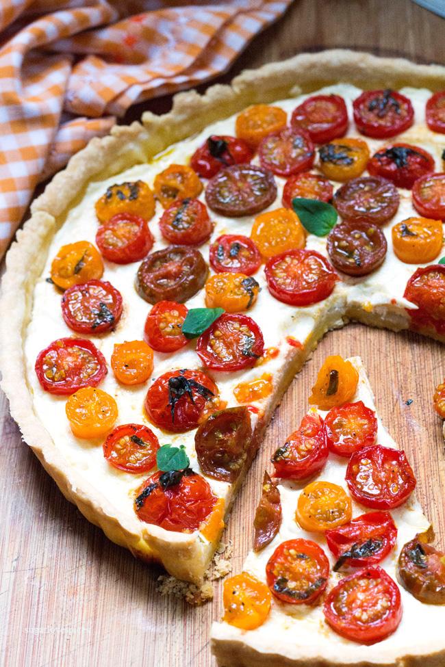 Cherry tomato-ricotta-tart