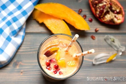 cantaloupe-peach-chia-smoothie