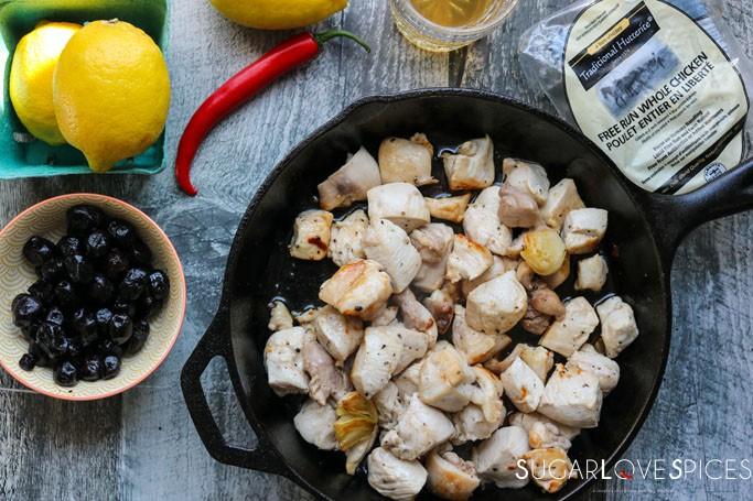 Spezzatino di Pollo alle Olive (Chicken morsels with Olives)